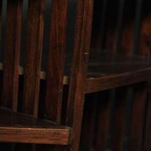 meuble angle en bois foncé