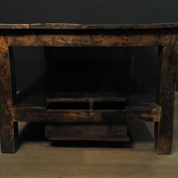 grande table en bois patin massif mes d couvertes. Black Bedroom Furniture Sets. Home Design Ideas