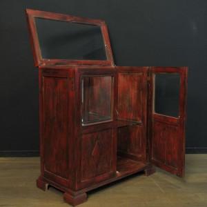 Meuble vitrine en bois patine rouge  (3)