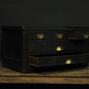 meuble de diamantaire en bois noir  (3)