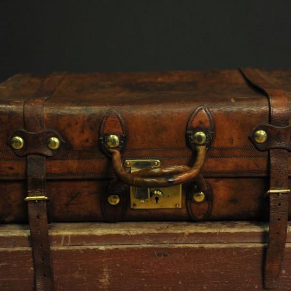 valise en cuir  (64)