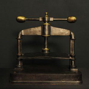 Presse à livre XIXème