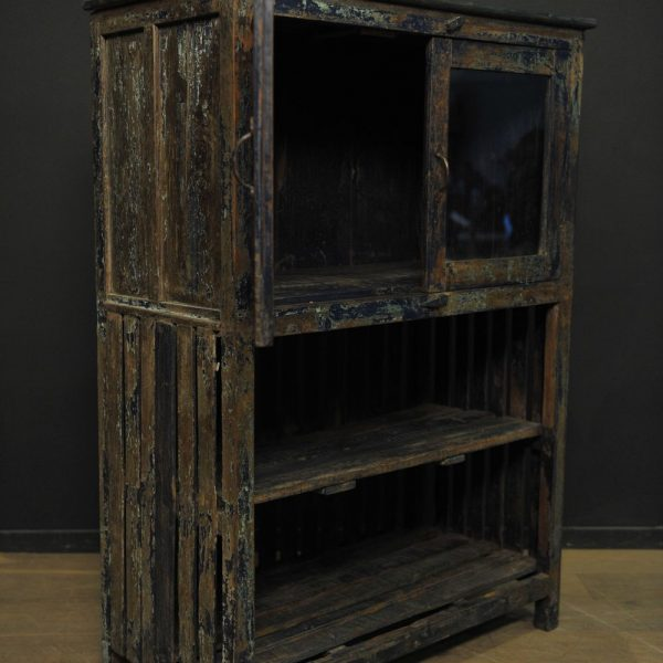 Meuble de cuisine en bois patiné bleu ancien