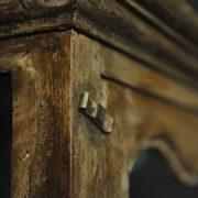Cabinet vitré en trois parties