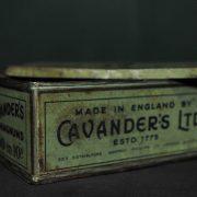 Boîte à cigarettes Cavenders Magnum