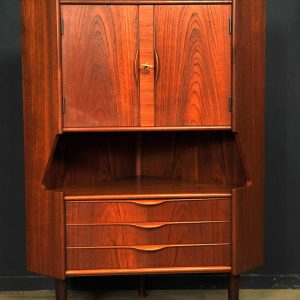 bar encoignure vintage teck Gunni Omann design 1960