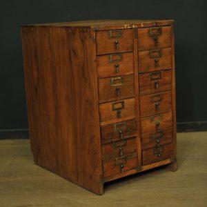 Petit meuble administratif à 12 tiroirs3