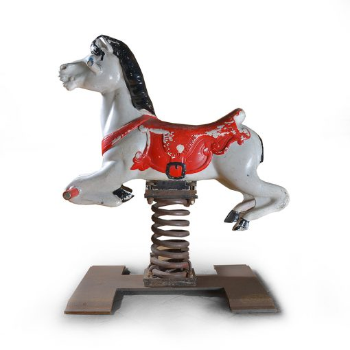 Manège cheval blanc - Julien Cohen - Cabinet de Curiosités