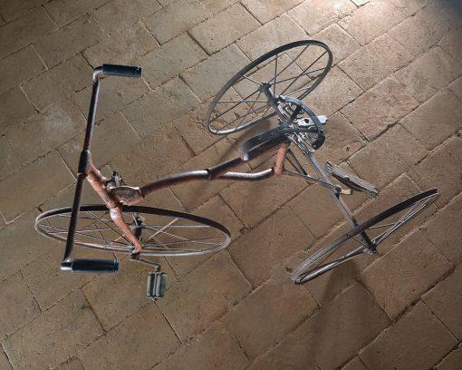 Tricycle à grandes roues - Julien Cohen Affaire Conclue