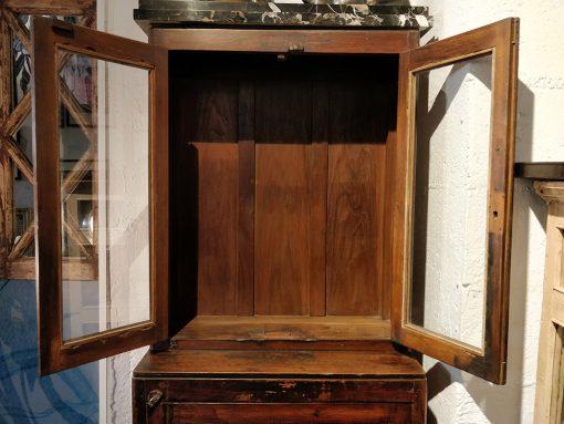Grand meuble vitré en deux parties