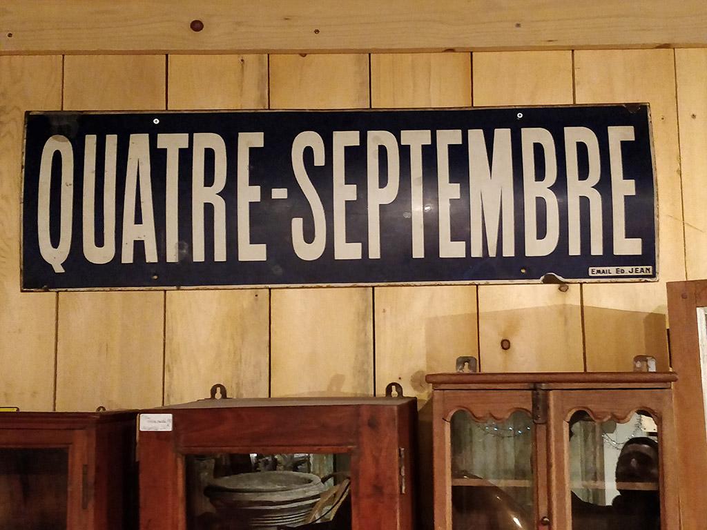 Plaque émaillée de la station de métro 4 septembre