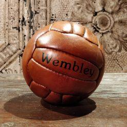 Reproduction de balle de handball en cuir des années 50