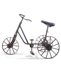 Ancien tricycle en métal - Julien Cohen