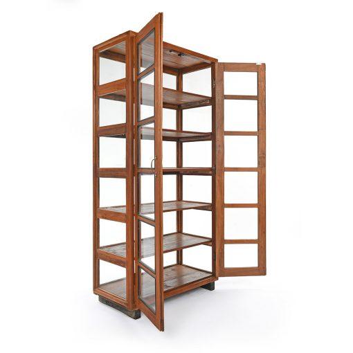 Vitrine en bois à 6 étages - Julien Cohen Affaire Conclue