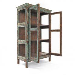 Armoire vitrée en bois - Mes découvertes Julien Cohen
