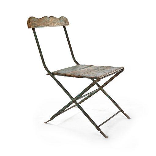 Chaise pliante en métal et bois patiné - Julien Cohen Mes Découvertes
