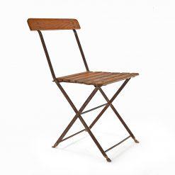 Chaise pliante en métal et bois - Julien Cohen Affaire conclue