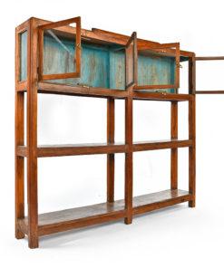 Cabinet vitré en bois à 4 portes et 2 étagères - Affaire conclue Julien Cohen