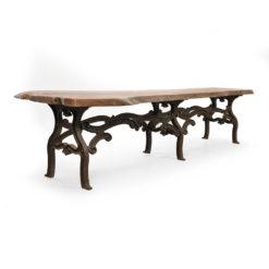 Grande table industrielle en bois et fonte